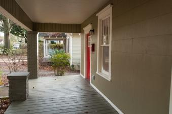 3-porch-dsc_4935